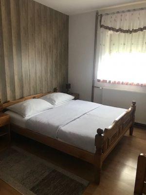 Rooms and apartments Renata