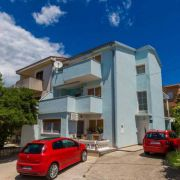 Apartments Fruk Jadranovo