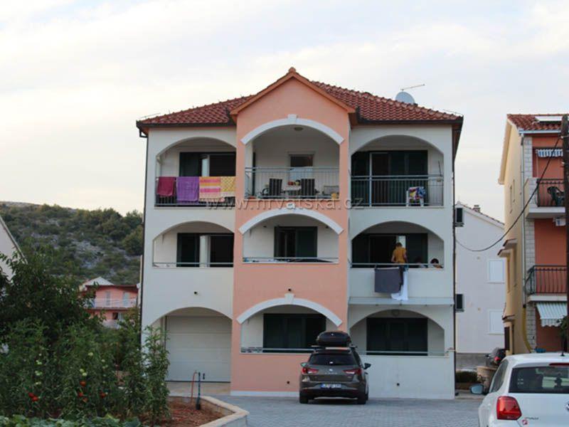 Apartments KATARINA