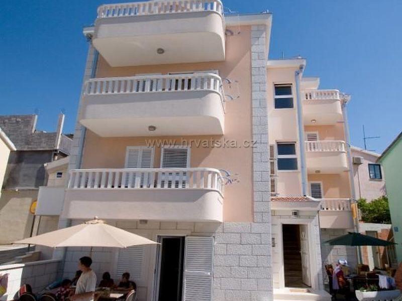 Apartments GAVRANOVIĆ