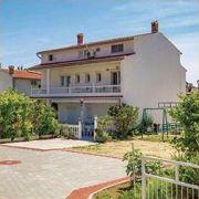 House PERKIC / Apartments TINA & MARJETKA