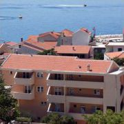 Apartments Tučepi Jakic